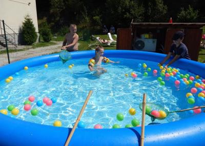 Animácia voľného času - program pre deti v bazéne